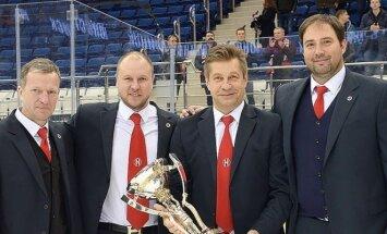 Arūnas Aleinikovas (dešinėje)