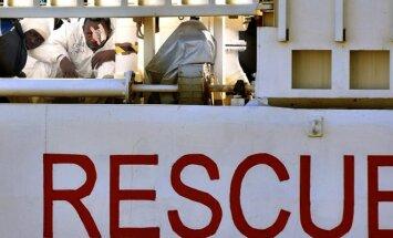 Viduržemio jūroje apvirto laivas su 700 žmonių, vyksta didžiulė gelbėjimo operacija