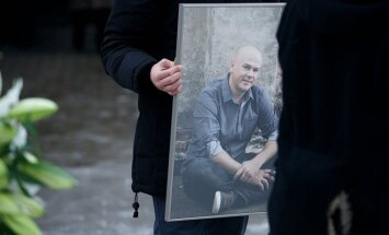 Tomo Dobrovolskio laidotuvės