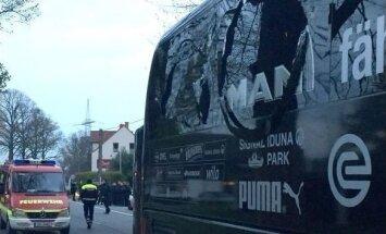 Sprogimas šalia Dortmundo Borussia autobuso