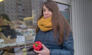 Įvairių žalumynų ir daržovių Kauno turguose galima pirkti visus metus