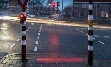 Nyderlanduose įrengtas šviesoforas negalintiems atplėšti akių nuo telefono
