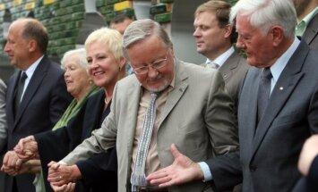 Vytautas Landsbergis, Valdas Adamkus in 2010