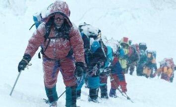 Kadras iš filmo Everestas