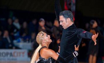 Jokūbas Venckus ir Miglė Klupšaitė  / Foto: J. Kielaičio/Photodancesport.com