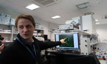 Linas Mažutis JGMC laboratorijoje