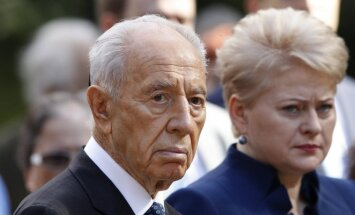 Shimon Peres and Dalia Grybauskaitė