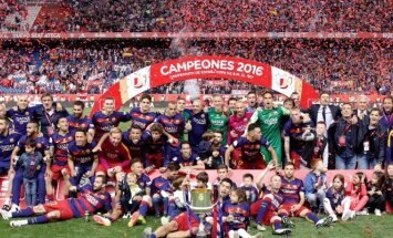 Barcelona futbolininkai iškovojo Ispanijos taurę