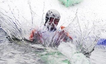 Azartiškosios lenktynės baidarėmis sniego trasoje Snow KAYAK 2014