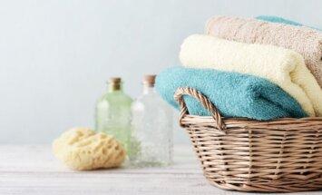 Kaip skalbti, džiovinti ir laikyti rankšluosčius, kad jie atrodytų kaip viešbutyje