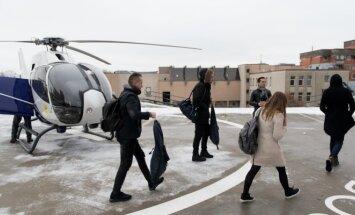 M. Katleris ir M. Stonkus į pasirodymą Klaipėdoje skrido sraigtasparniu (Prokadras nuotr.)