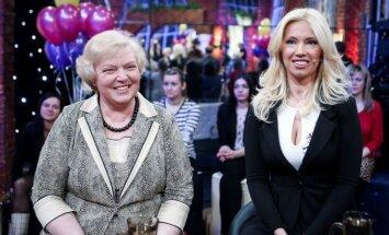 Gintarė Karaliūnaitė su mama Adele