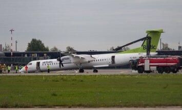 Rygoje Airbaltic lėktuvas leidosi avariniu būdu