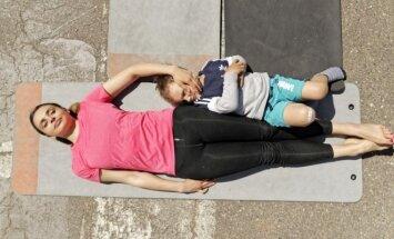 Ieva Mackevicienė su sūnumi