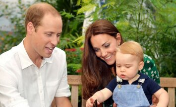 Princas Williamas ir Catherine Middleton su sūneliu George