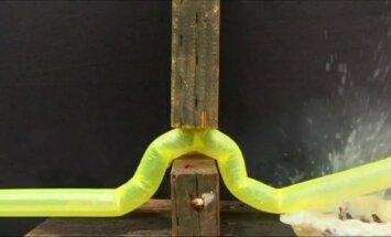 JAV sukurtas robotas, galintis pralįsti į ankštas vietas