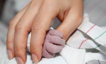 Stebuklas: mirusiu palaikytas kūdikis atgijo prieš pat kremavimą