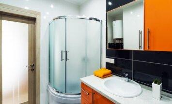 Neįprasti patarimai, kad dušo kabina vėl spindėtų
