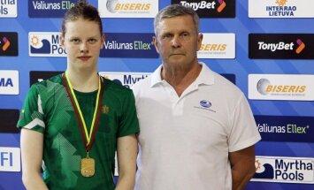 Lietuvos rekordininkė Ieva Jacevičiūtė ir jos treneris K. Margevičius (A.Ališausko nuotr.)