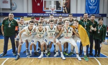 Lietuvos 18-mečiai krepšininkai tapo Europos vicečempionais