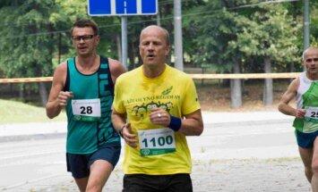 Rolandas Kazlas dalyvavo rudens Ąžuolyno bėgime