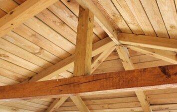 Kaip išvengti klaidų šiltinant stogą?