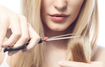 Kaip greitai ir lengvai pasikirpti plaukus pačiai