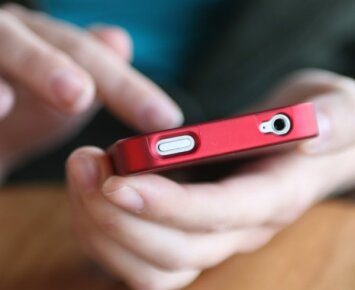 Kodėl jūsų išmanusis telefonas 10 kartų nešvaresnis už klozeto sėdynę?