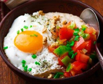 Šie paprasti mitybos įpročiai padės nepriaugti svorio