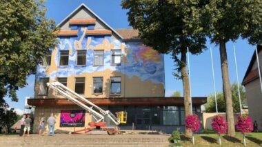 """Tiesiogiai iš Molėtų: Telia projektas """"Nuspalvink vasaros miestus"""""""