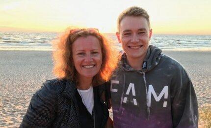 Eglė Aukštakalnytė-Hansen su sūnumi Miku