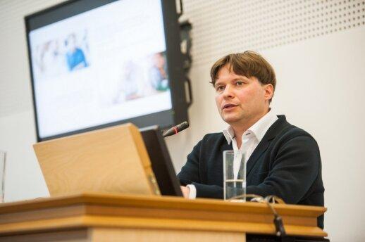 VDU Verslo praktikų centro direktorius dr. O. Stripeikis