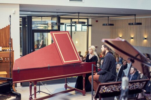 """Naujo fortepijonų salono """"Organum"""" atidarymas"""