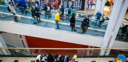 Skaičiuojame: kur geriau prekiauti – internete ar fizinėje parduotuvėje?
