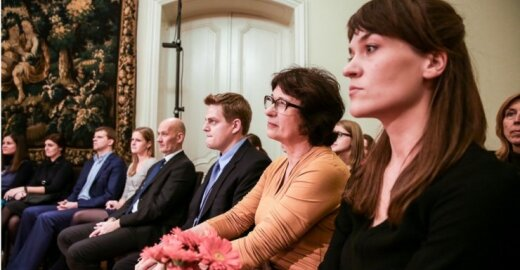 """Spektaklis """"Lietaus žemė"""" Nuolatinėje Lietuvos atstovybėje  prie ES / Mindaugo Mikulėno nuotr."""