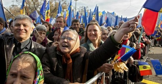 """Rytų partnerystės """"žvaigždės"""" Moldovos šviesą temdo komunistai"""