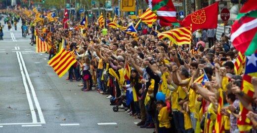 Ispanijoje – aistros dėl katalonų rengiamo referendumo