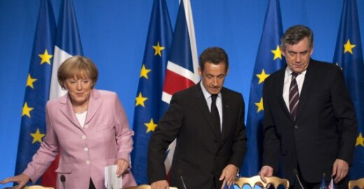 Angela Merkel,  Nicolas Sarkozy ir Gordonas Brownas
