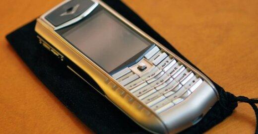 Dennis ABBOTAS, EK atstovas spaudai, apie tai, kad nuo kitų metų bus suvienodinti mobiliųjų telefonų krovikliai