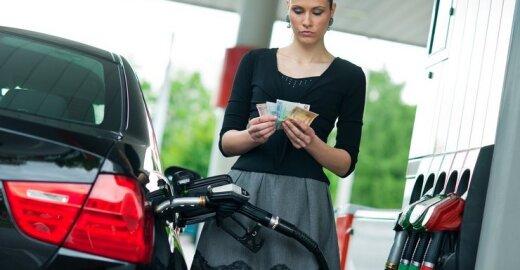 Automobilių gamintojai klaidina vairuotojus apie degalų sąnaudas