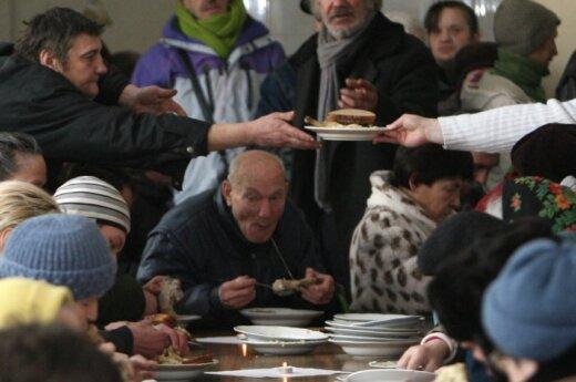 Kitąmet varguoliams parama maistu iš ES gali sumažėti nuo 27 iki 6 mln. Lt