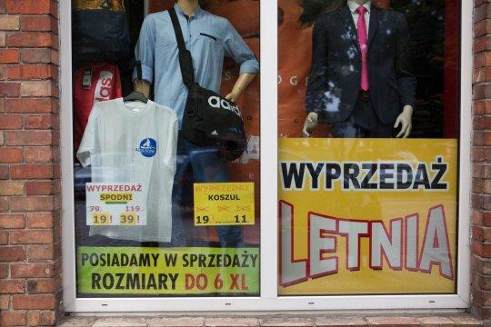 Pasiūlė, kaip susigrąžinti lietuvių Lenkijoje paliekamus milijonus