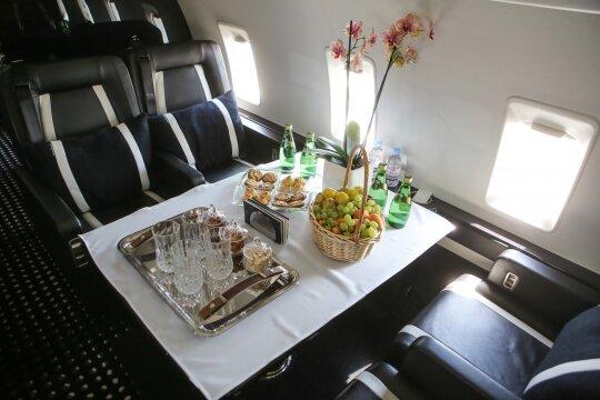 Bombardier Challenger 850 lėktuvo salonas