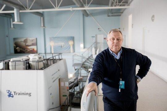 43 metų patirtį turintis lėktuvo kapitonas – apie sveikatos būklę, algą ir pilotų romanus su stiuardesėmis