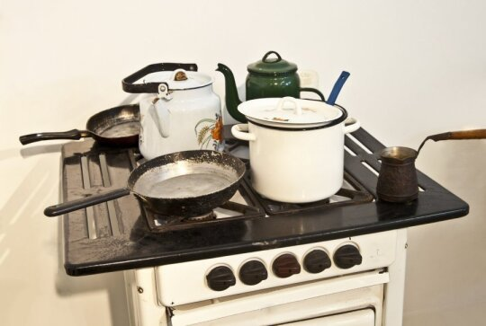 Pravėrusi namų Naujojoje Vilnioje duris suglumo: daugiavaikė šeima gyvena be vandens ir tualeto