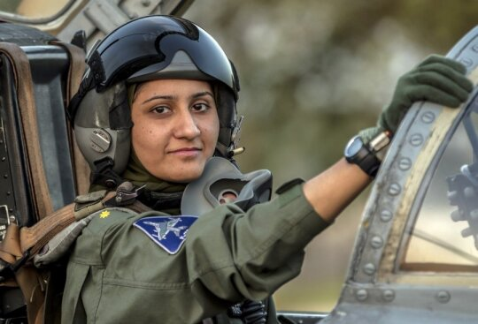 Naikintuvo pilotė Ayesha Farooq
