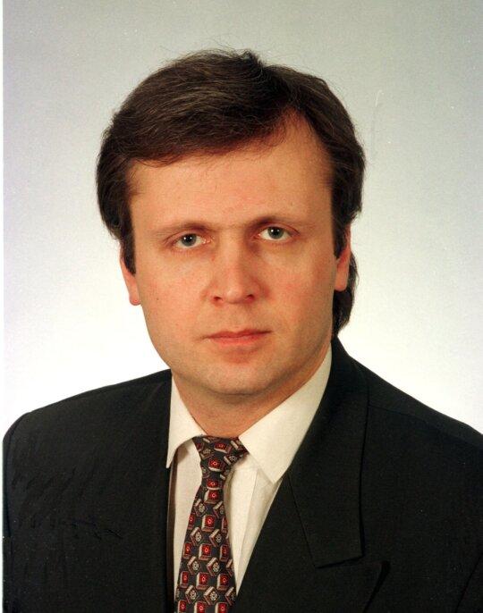 1998.02.18 Prezidento patarėju užsienio ir nacionalinio saugumo klausimai paskirtas Albinas Januška