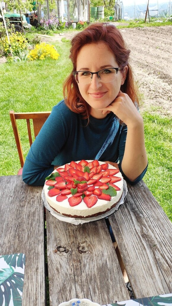"""Tinklaraščio """"Raudona virtuvė"""" autorė Skirmantė"""