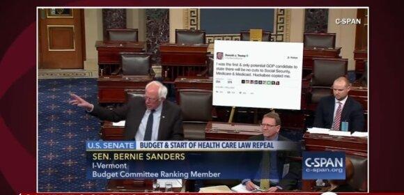 B. Sandersas Senato salėje