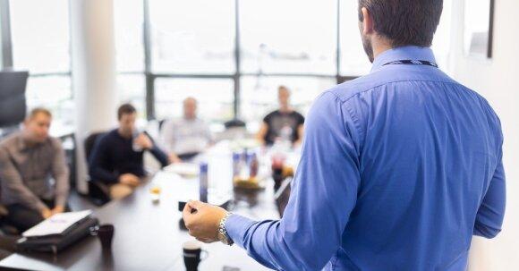 Įmonės išbando būdą, kaip surasti naujų darbuotojų: jaunimui atsivėrė ypatinga galimybė